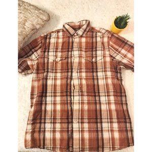Shortsleeved plaid shirt